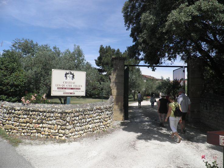 Arriving at Chateau les Quatre Filles winery in Sainte Cecile les Vignes (southern France) with our Back-Roads tour group.
