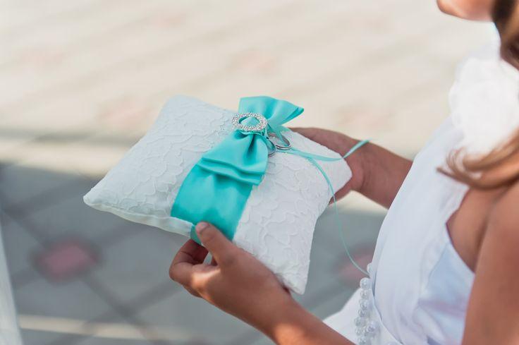 свадьба, свадьба Тиффани, Tiffany, wedday, свадьба Абрау, подушечка для колец, бело-мятное, свадьба в мятном цвете,