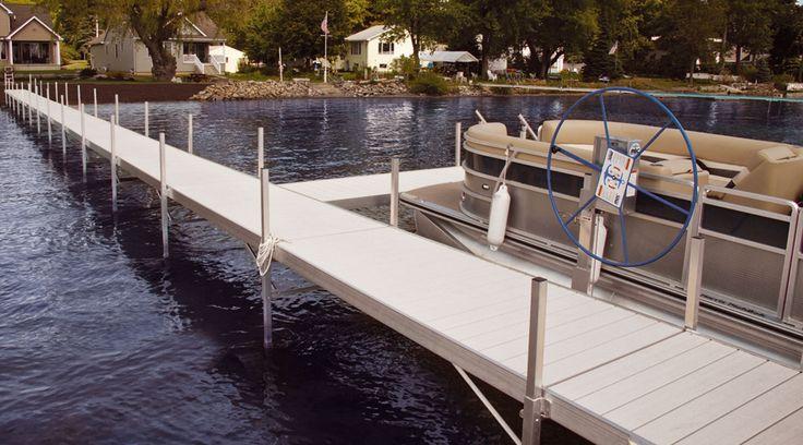 Aluminum decking boat