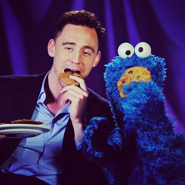 """OP: """"Because everyone needs a pic of Tom Hiddleston & CookieMonster...."""""""