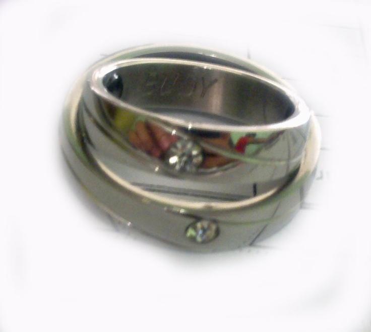 Sepasang cincin yang mengandung do'a untuk sebuah impian.