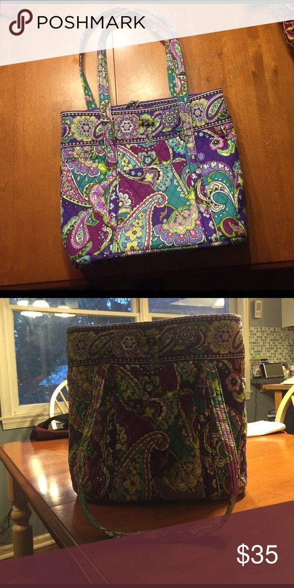 Large Vera Bradley tote bag Oversized shoulder tire bag. Barely used and in great condition.  6 inside pockets and 2 external. Vera Bradley Bags Totes