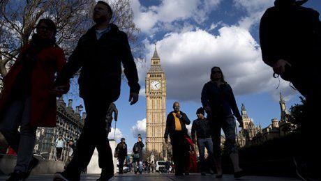 Британские власти перенесли срок повышения пенсионного возраста на 7 лет