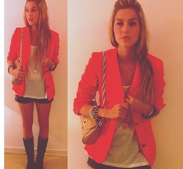 Red blazer = WANT