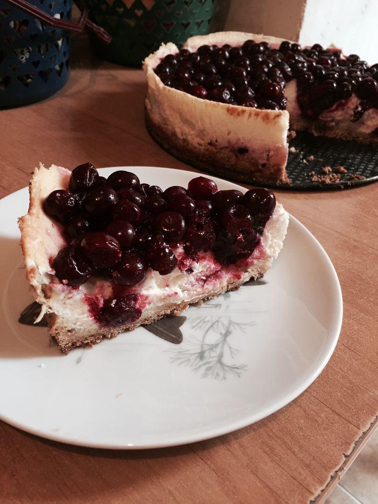 cheesecake with cherry