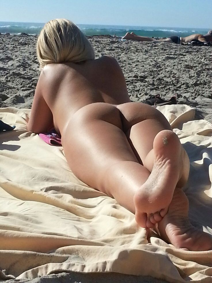 Nude big ass beautiful beach girls