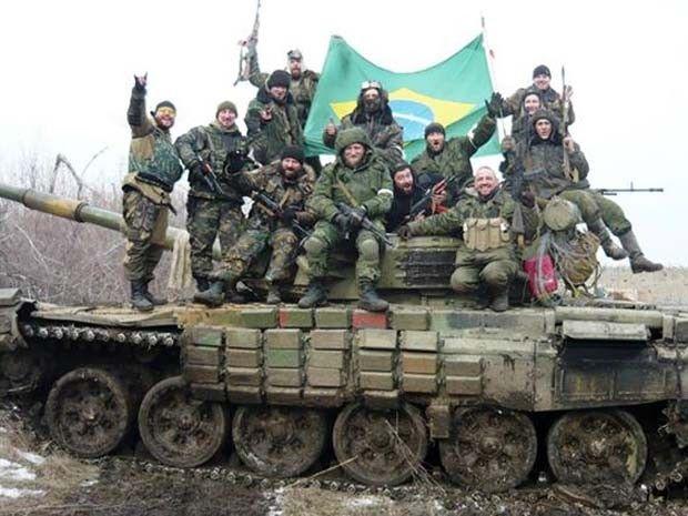 Black Block brasileiro lutando agora em favor da Russia.