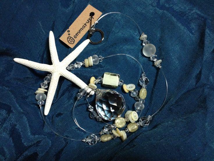 白いヒトデのサンキャッチャー white starfish suncatcher  crystal beads handmade craft rainbow