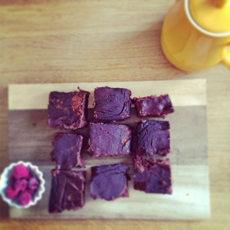 Grain free, sugar free, raw cocoa brownies - amazing!