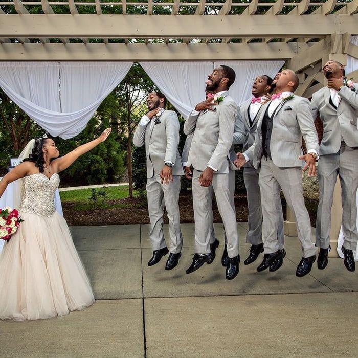 Best Wedding Photo Ever In 2020 Star Wars Wedding Star Wars Wedding Theme Wedding Photos