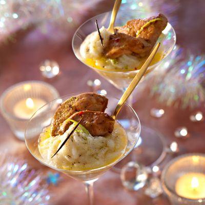 Foie gras chaud sur purée de topinambour (foie gras cru, topinambours,  échalote, gousse de vanille, bouillon de volaille, huile d'olive, crème, sel, poivre)