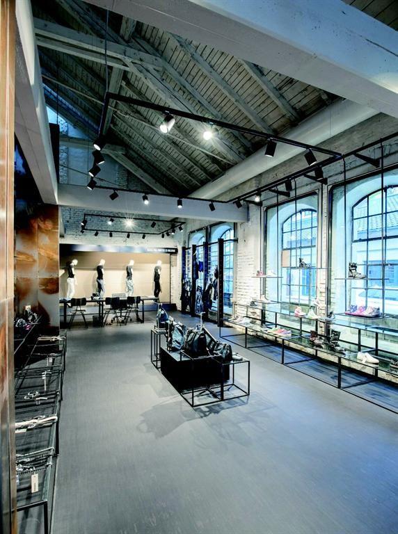 ShopStar Ledspot Molto Luce - Diesel store Salzburg