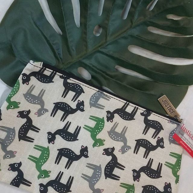 Oh deer... how sweet is this little bag! Every one sold gives back to women & youth in need ♡  #justicebags #bag #deer #giftedhands #giveback #gift #makeup #pouch #Sandgate #purse #clutch