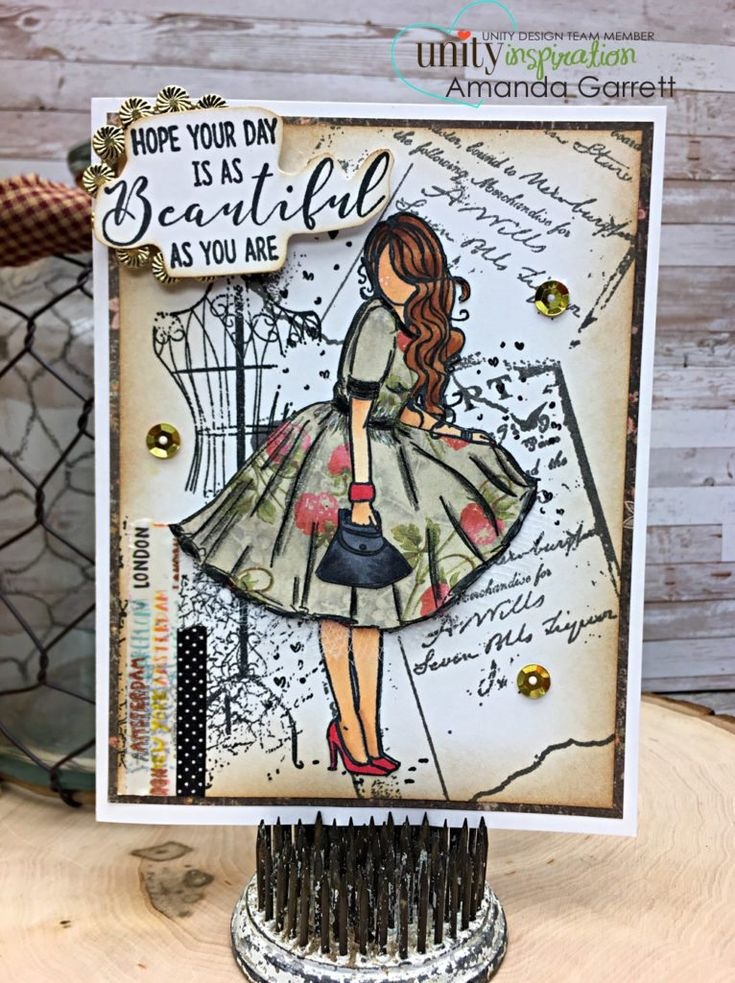 Have you tried paper piecing before? The effect is stunning!