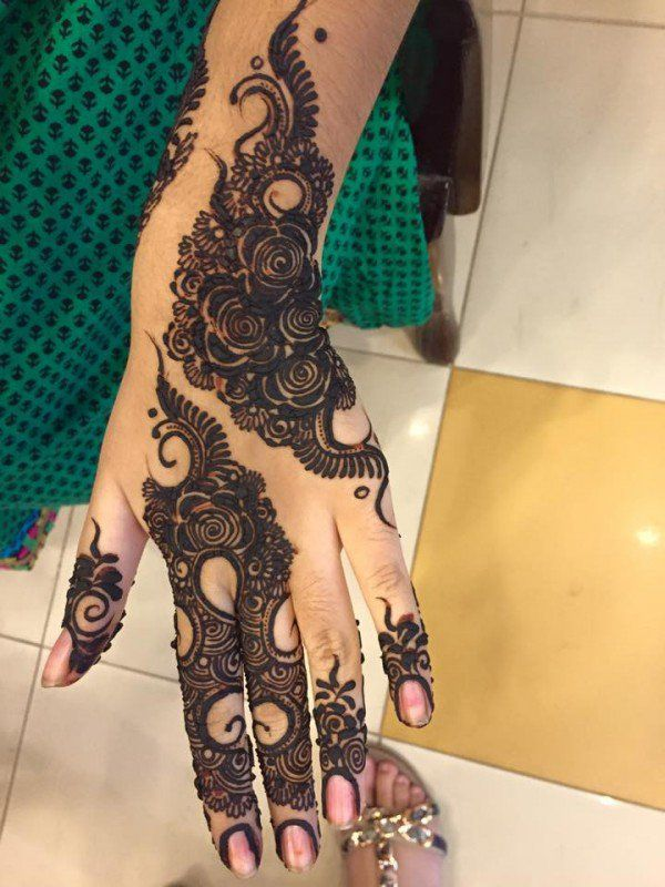 Great Women Mehndi Designs Trend 2016