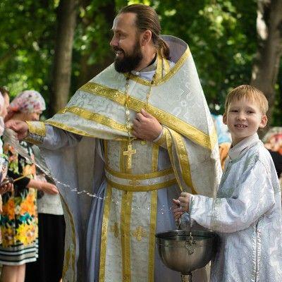 Если мирянин опоздал на богослужение, как быть? | Православная Жизнь