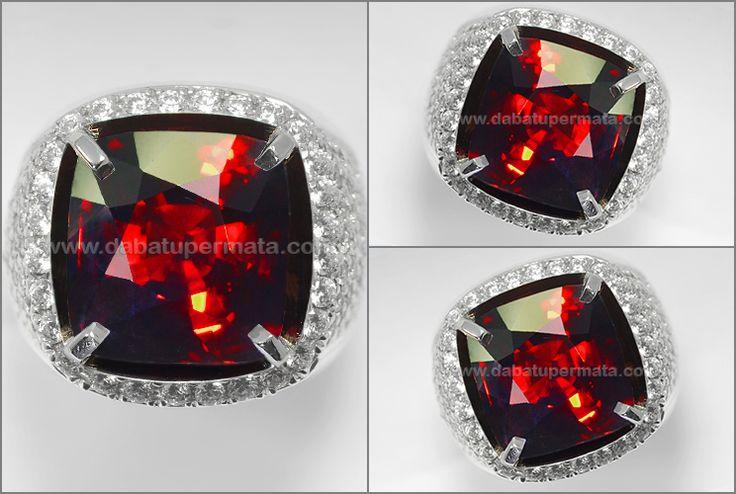 Natural Sparkling Pigeon Blood GARNET Crystal Mulusss - RGR 018