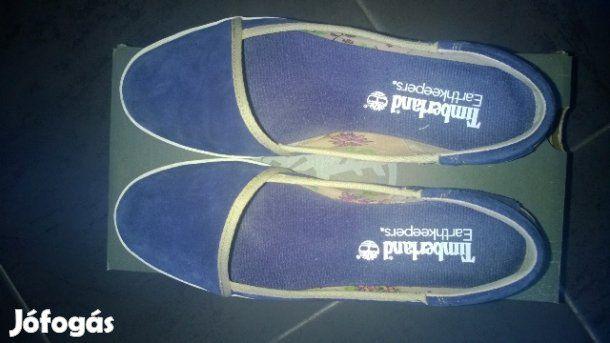 Eladó Timberland női cipő: Egyszer használt női Timberland cipő(bőr),sötétkék színű,mérete:40.
