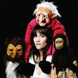 This girl is awesome!! Nina Conti. Ventriloquist