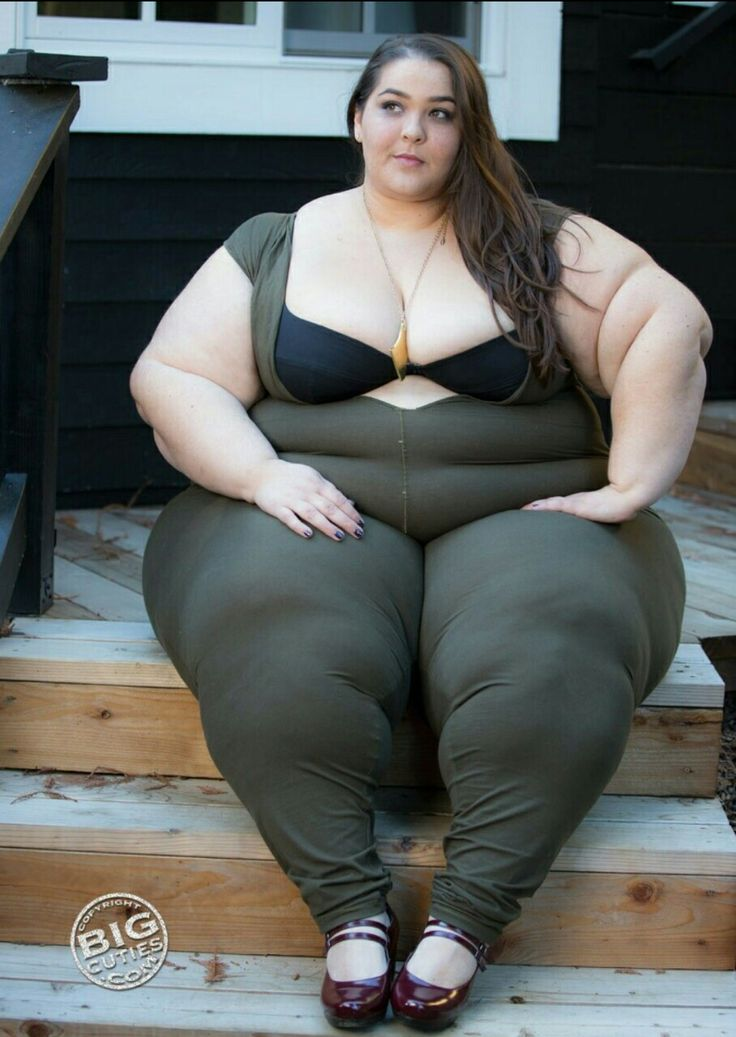 Big booty white girl get smash - 5 1