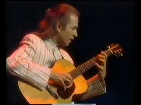 "... the Clap and Mood for a Day (live) ... Steve Howe.   ""roundabout"" acoustic beginning is played on 1953  Martin 00-18.  Brilliant!"