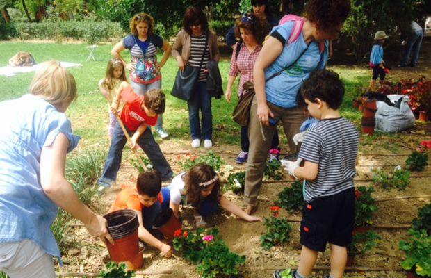 Εθελοντές και πολίτες έδωσαν πνοή στο πάρκο Γεωργιάδη (pics)