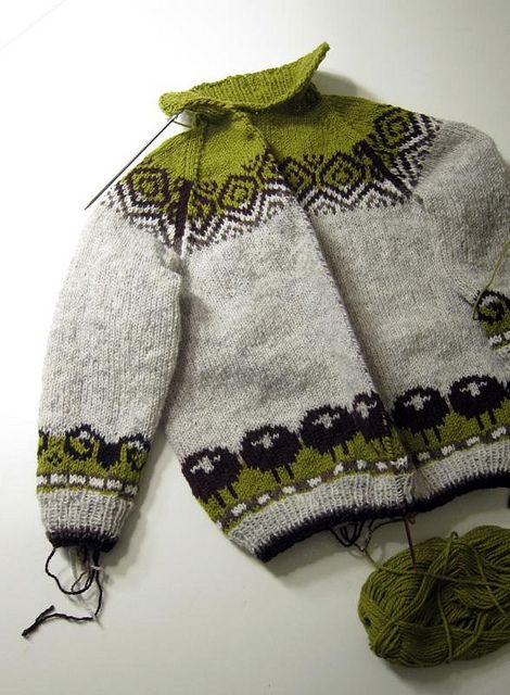 Picking up for the steek by osloann. Kate Davie's pattern.
