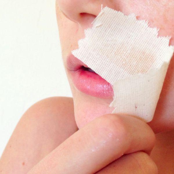 Scrap the salon — wax your lip at home!