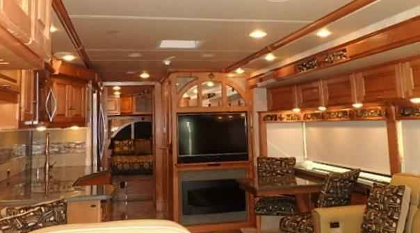 2016 New Winnebago Journey WKP36M Class A in Texas TX.Recreational Vehicle, rv, 2016 Winnebago Journey WKP36M, Looking for that perfect Class A diesel motor home to enjoy full time in? Want to travel in style and luxury? Look no further than this 2016 Winnebago Journey! The pictures  just don't do it justice. There is a sofa bed with seat-belts just beyond the passenger seat to start the full wall slide out. Next, find a counter top with pull-out island, a three burner range…