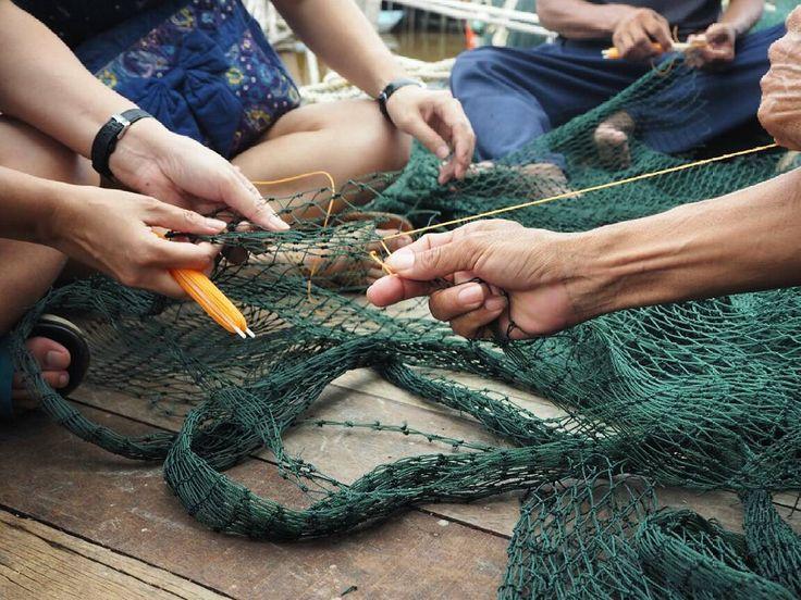 Fix a fishing net @ Sekinchan  Come #meetloka at #LokaLocal  #sekinchan #malaysia #visitselangor #malaysiatrulyasia #mymalaysia #fishing #craft #igdaily #goasean #visitmalaysia