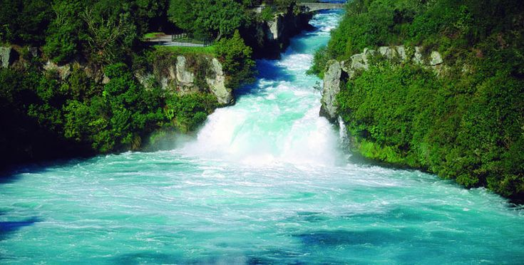 Huka Falls - the water couldn't be more turquoise, looks like the Caribbean