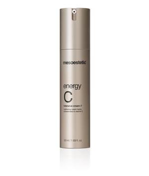 Energy C Intensive Cream - Creme iluminador concebido para combater os primeiros sinais de envelhecimento. A sua elevada concentração em vitamina C estável unifica o tónus da pele proporcionando-lhe luminosidade.