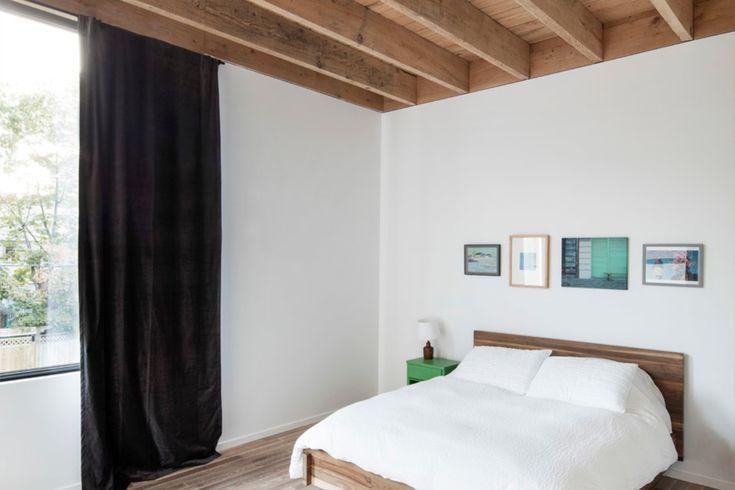 slaapkamer in minimalistische woning