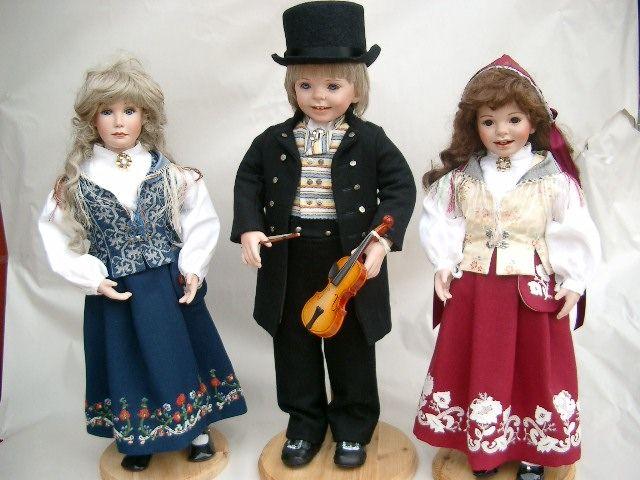 Dollmaker Brit-Danielle, Tom, Liza- Nord Trønder bunad