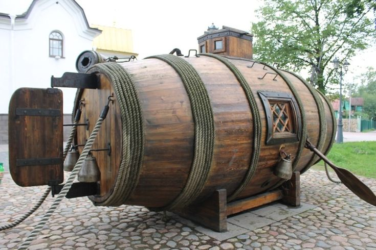 The First Russian Submarine 1721