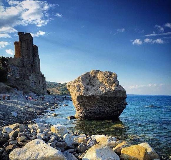 Castello di Roseto Spulico