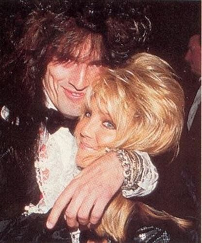 Heather Locklear And Tommy Lee Love In 2019 Tommy Lee