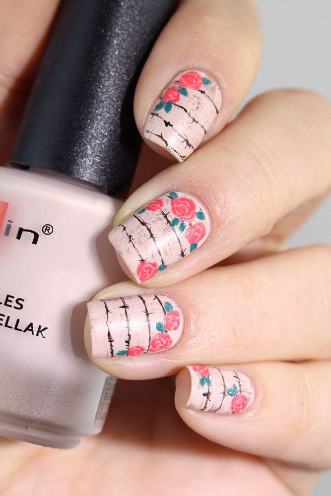 Je vous retrouve aujourd'hui pour un nail art pas du tout de saison et bien fleuri. Mais que j'ai beaucoup beaucoup aimé ! Encore une fois ce n'est pas une innovation, le concept …
