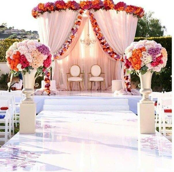 Pin by Carisha Thomas on Bridal Fasinators and Bouquets