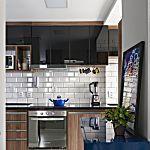 Apartamento dos sonhos em 45 m²: dá para trabalhar, descansar e dar festa