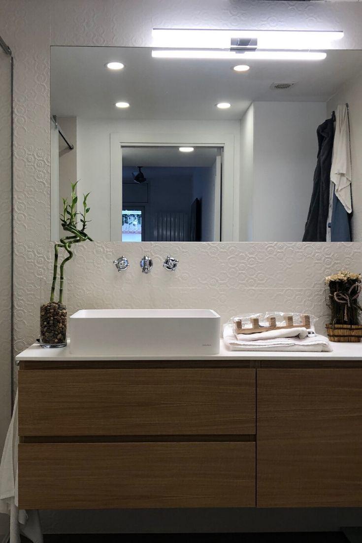 Reforma de baño estrecho y pequeño | Muebles para baños ...