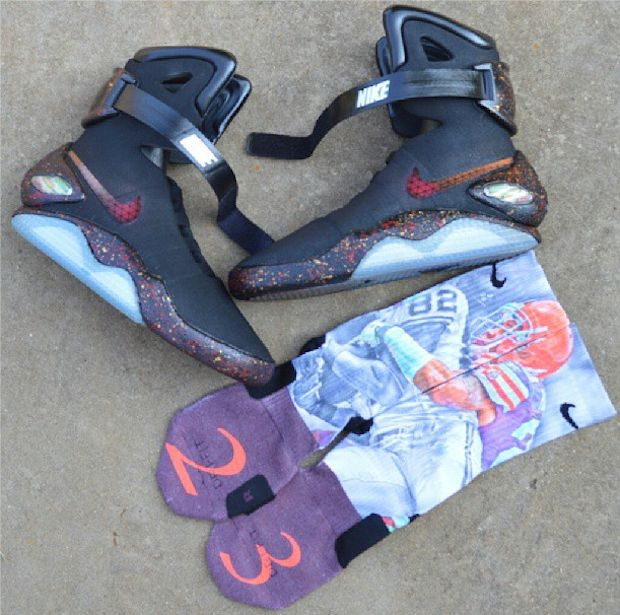 "#Nike Air Mag ""Black Mag"" Custom for @joehaden23"