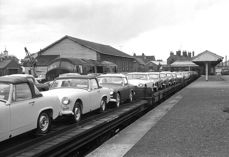 Abingdon Station MG cars for Hinksey Marshalling Yard In Oxford