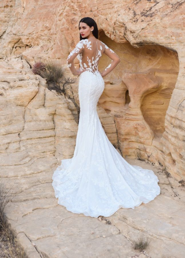 Dando London, 'Passion in the Valley of fire' collection, Romance By Chr…