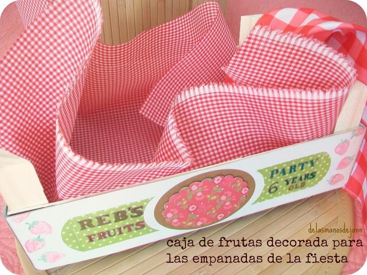108 best images about reciclar cajas de fresas on - Cajas de fruta decoradas ...