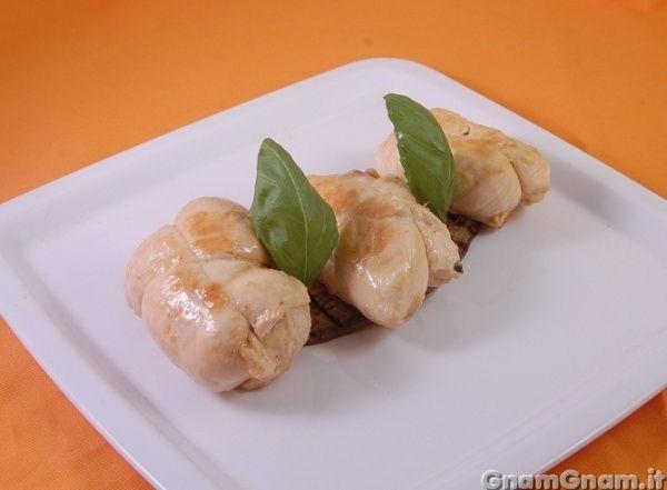 Scopri la ricetta di: Involtini di pollo alle melanzane