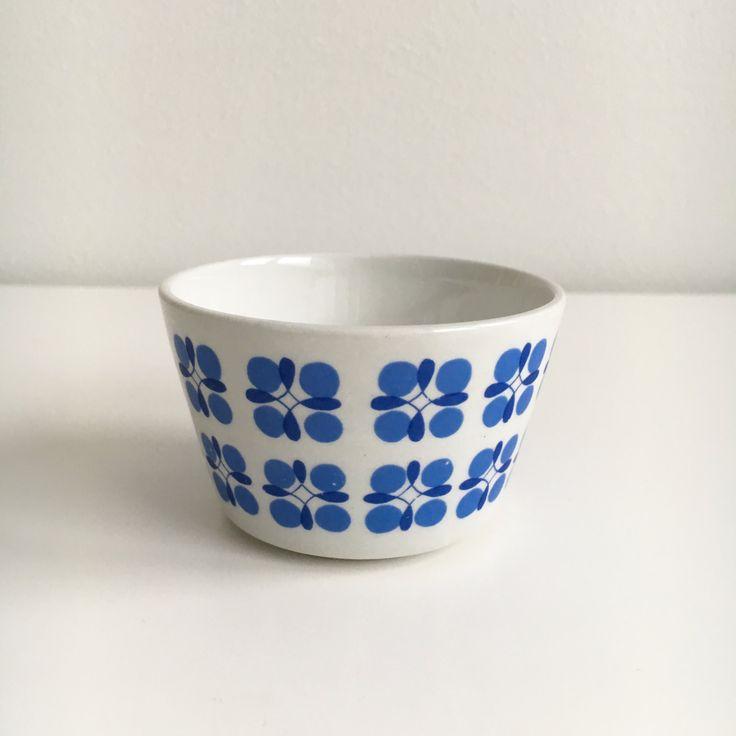 "Collectible Vintage Arabia Finland sugar bowl named ""Eveliina"" by Esteri Tomula / Kaj Franck, 1960s - Made in Finland by FinnishVintageOasis on Etsy"