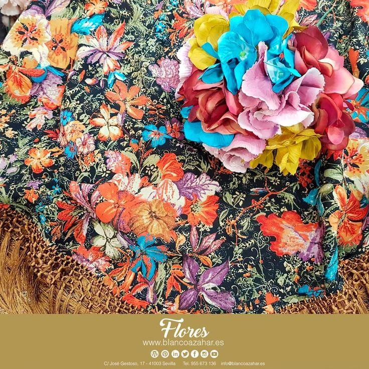 💃🌸Ven y descubre las novedades que te hemos preparado para la esperada #Primavera de #BlancoAzahar.   Nuevas #flores #colores #composiciones ¡Te están esperando!    #ModaFlamenca #FeriadeAbril #FeriadeAbril2018 #Sevilla #Mantoncillo #Flordeflamenca #Pendientesdeflamenca