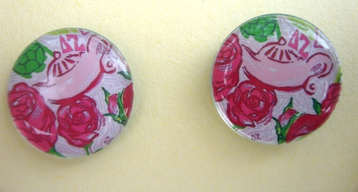 Need these! Lilly Pulitzer,Delta Zeta Sorority fabric pattern