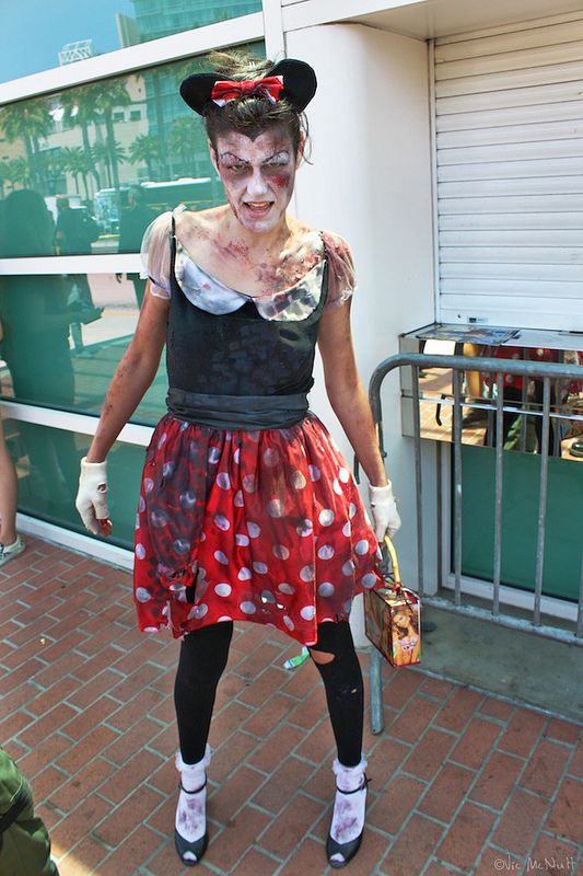Minnie Mouse Zombie | Disney Pinup Cosplay | Diy halloween ...